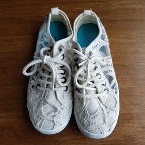 Blowfish Ivory lace sneakers